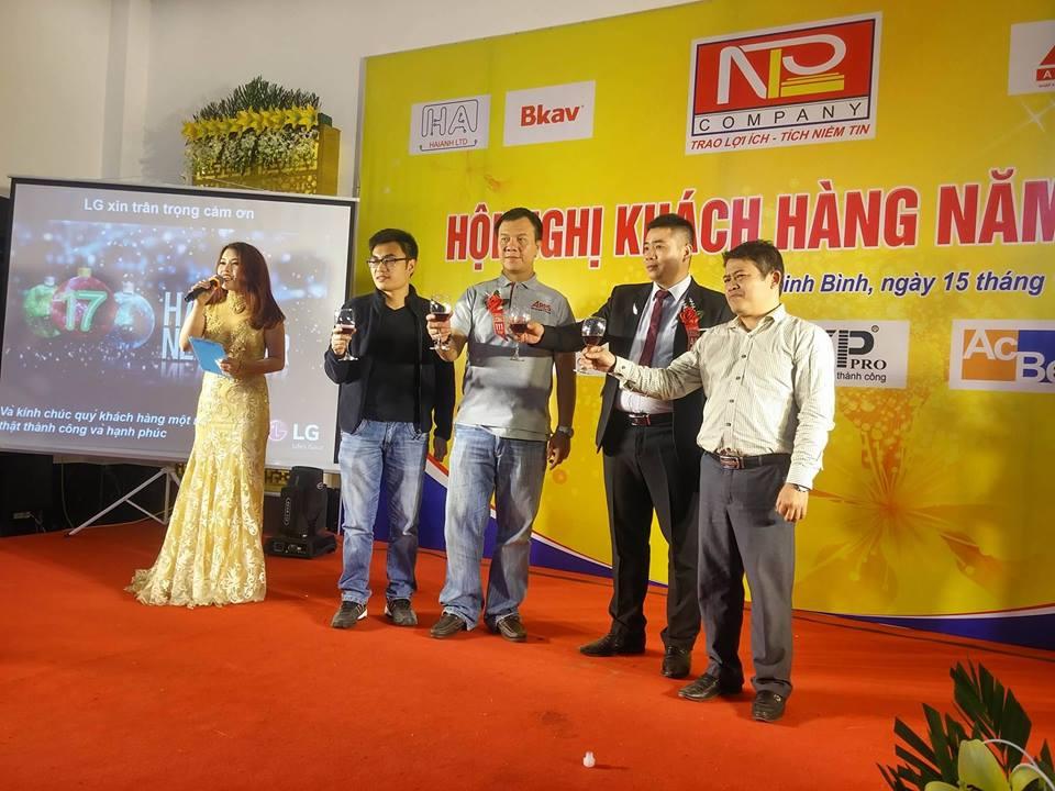 Hội nghị khách hàng - Nguyêt Phong Lan